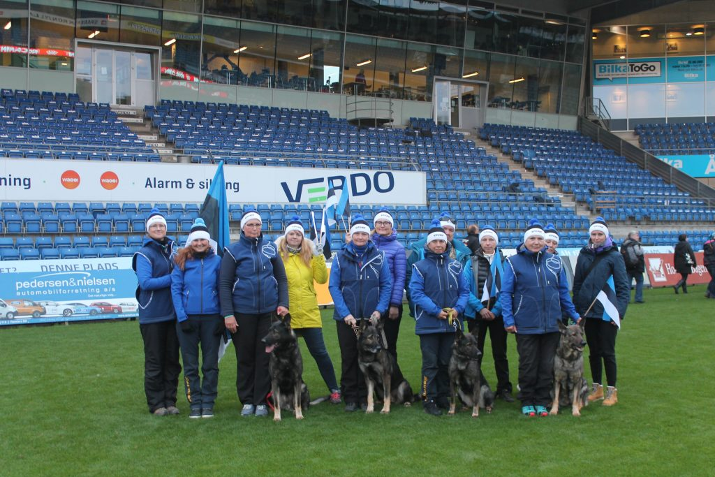 WUSV MM 2018 Randers Taani Eesti meeskond ja fännid